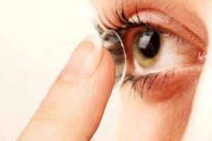 Lentilles de contact : bien choisir suivant ses yeux
